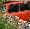 Abandoned Car Garage Escape EightGames