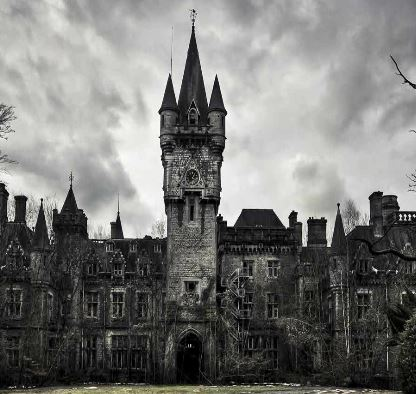 Abandoned Castle Azriel MeltingMindz