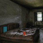 Old And Creepy Room Escape GenieFunGames