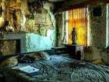 Old Dilapidated House Escape EscapeGamesZone