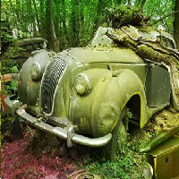 Zooo Abandoned Car Warehouse Escape ZoooGames